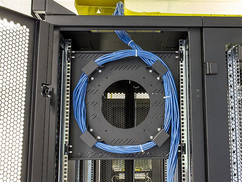 NCS Rack Multi-kabelholder